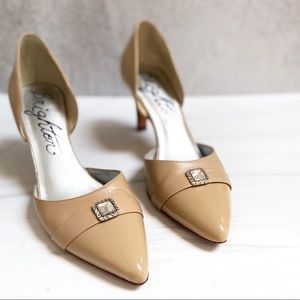 BRIGHTON Calfskin Taupe Leather D'Orsay Heels 8